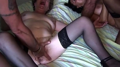 fucking   mature   squirting   wife