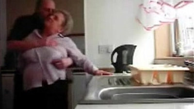 caught  daddy  funny  hidden cams  kitchen