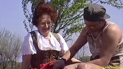 brutal  fucking  hairy pussy  mom  old and young  outdoor