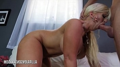 cougar  fucking  tits  younger