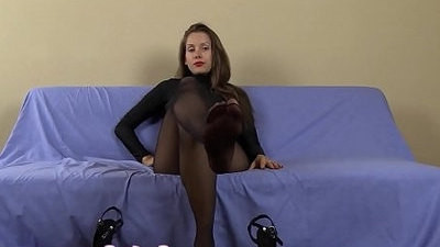 cum   femdom   heels   pantyhose   stockings   sucking