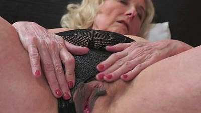 granny  horny girls  younger